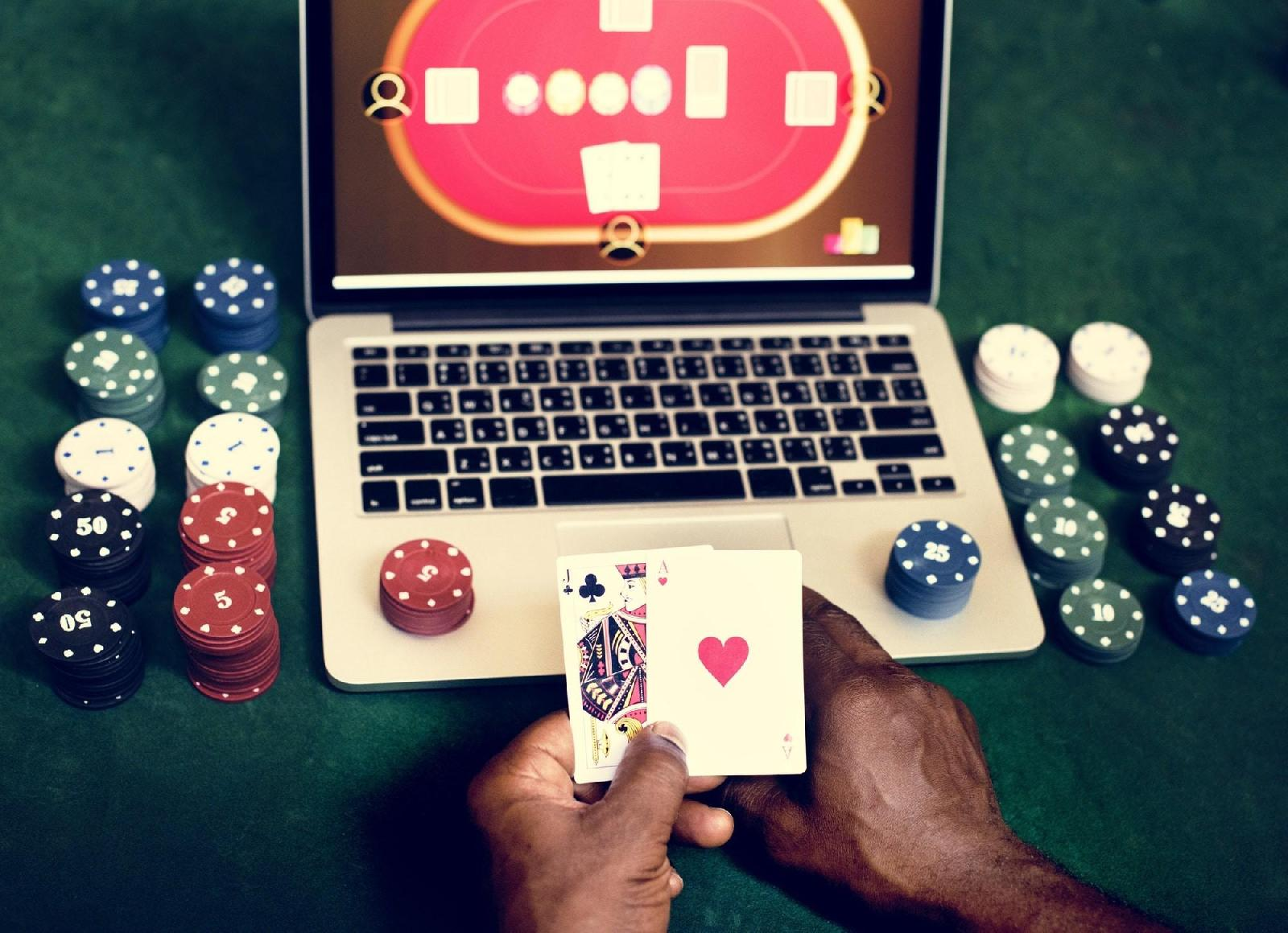 Poker online legale Iwager 146025